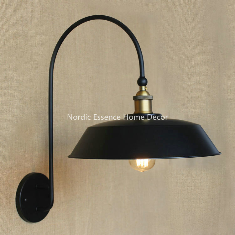 Nordic Creative LOFT American rural country iron balcony aisle retro Circular Industrial stairs tearoom living room wall sconce