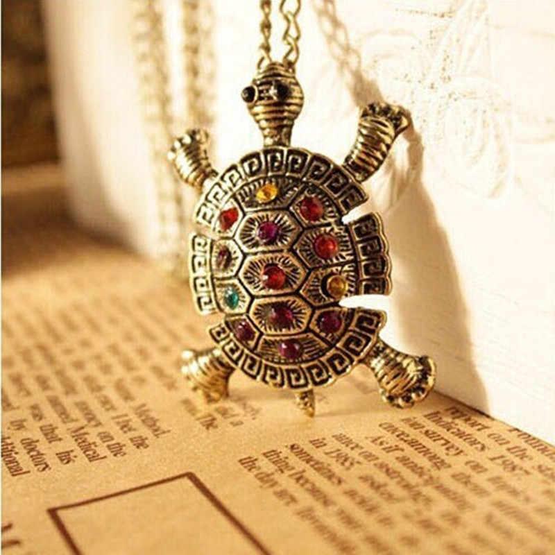 Moda de las mujeres Diamante de imitación cristal vintage lindo pequeño tortuga collar suéter cadena colgante 4ND81