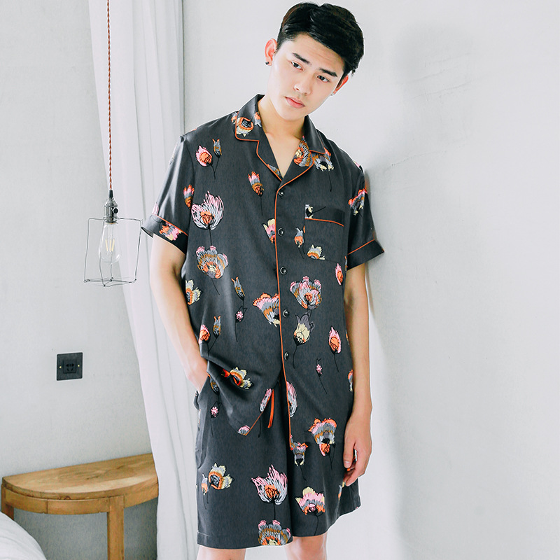 Summer 2018 new mens pajamas suit lapel, silk print, short-sleeved shorts, two-piece new suit butterfly Satin Loungewear ...