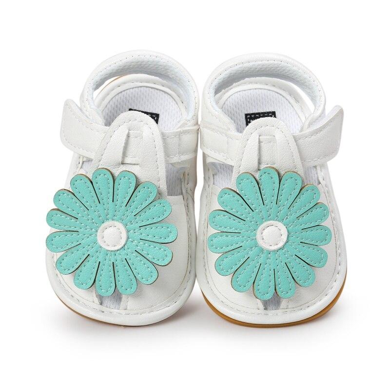 Girls Summer Kids Cute Tartan Hollow Out Princess Style Flower Breathable Non-slip Soft Bottom Cack Sandal