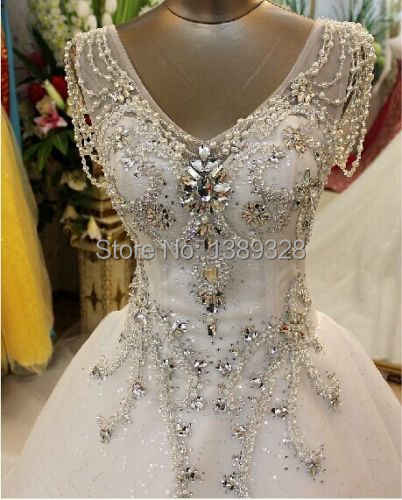 2018 Luxury Ball Gown Cathedral Train V Neck A Line Crystal Beaded  Rhinestone Organza Lurtrous Wedding 5071899456ac