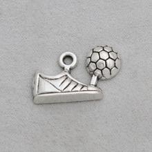 RAINXTAR aleación Vintage fútbol zapatos encantos Metal deporte zapatilla para fútbol Charms al por mayor 13*25mm 50 Uds AAC924