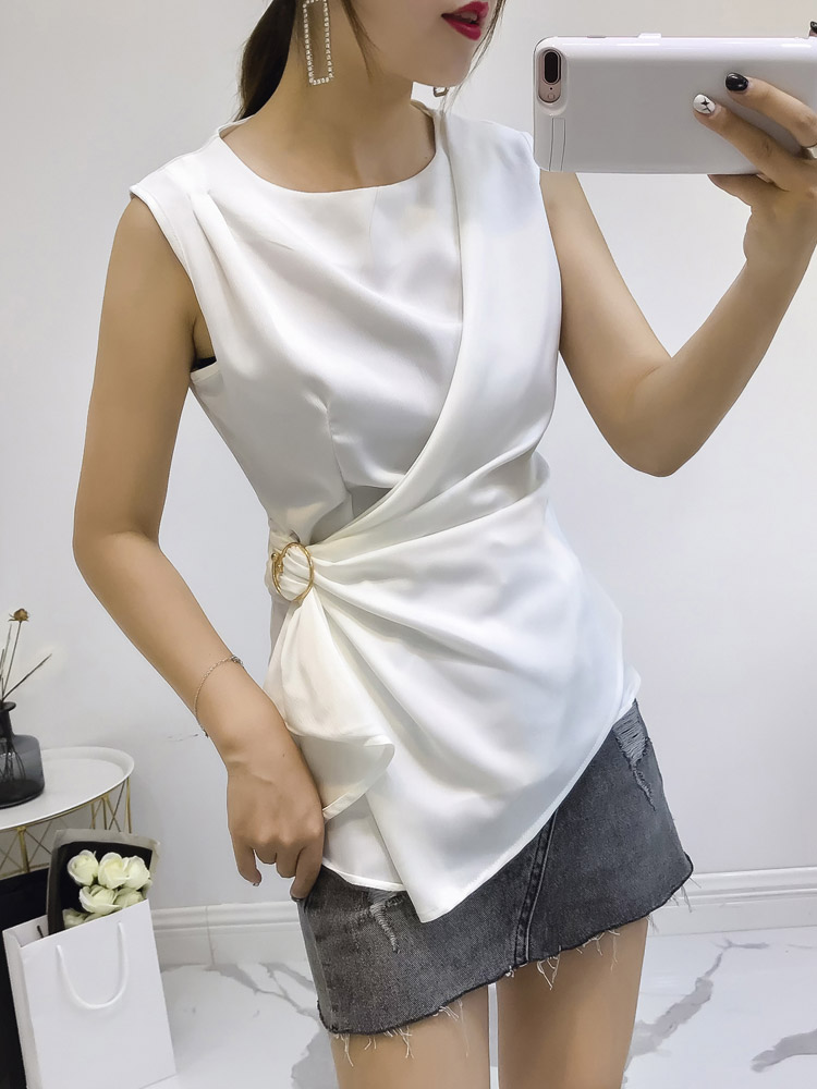 Fashion 2018 Summer New Women Satin Blouse Lady Sleeveless Slim Pleated Waist Irregular Female Elegant Blouse Shirts Outfit