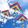2016 Nuevo 95x50x110 cm 1 Unids Cometa Del Arco Iris Con Las Herramientas del Vuelo Diversión al aire libre Deportes de Kite Factory Niños Triángulo Cometa de Color Fácil volar