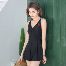 New swimsuit sexy one-piece swimsuit suit summer beach bikini back Push up the swimsuit black one-piece skirt bikini Genuine low back plunge one piece swimsuit