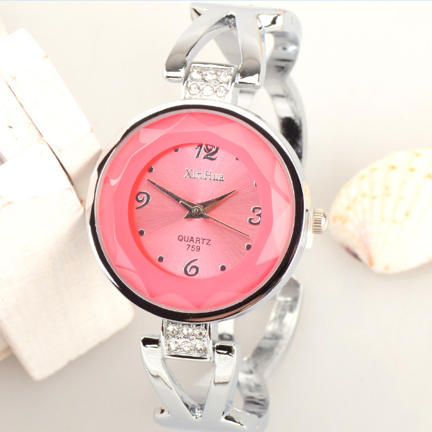 XH759 creative student watch female quartz watch new style elegant Bracelet table a large number of spot wholesale concept of vortex female student individuality creative watch han edition contracted fashion female table