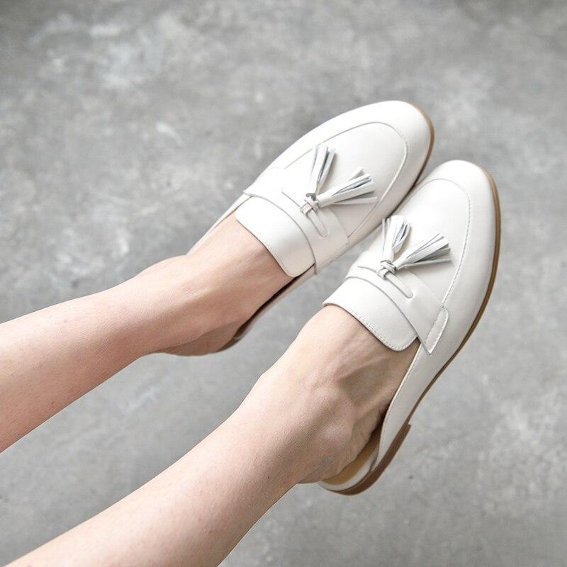BeauToday البغال أحذية النساء جلد طبيعي جولة اصبع القدم جديد موضة عودة فتح جلد العجل العلوي مع هامش الديكور 35037-في أحذية نسائية مسطحة من أحذية على  مجموعة 2