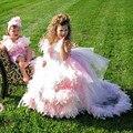 Rosa encantador vestido de Baile Primeira Comunhão Vestidos Para Meninas 2016 Penas De Luxo Trem Da Varredura Tulle Meninas Pageant Vestidos Baratos