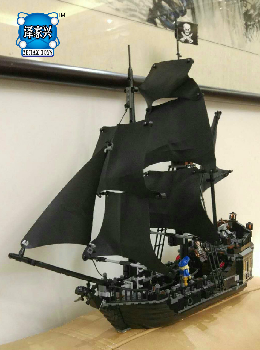 Hot Sale Lepin Pirates of The Caribbean Toys Ship Black Pearl Perle Compatible Lepins Model Building Kits Blocks lepin compatible 16009 1151pcs pirates of the caribbean queen anne s reveage model building kit blocks brick toys for kids 4195