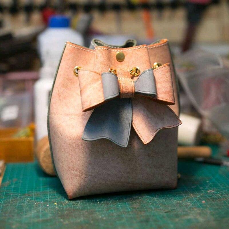 Règle de lame en acier du japon poinçon en acier découpé avec des matrices de moule de coupe de sac de papillon pour le tissu d'artisanat en cuir cutter17x15x8cm