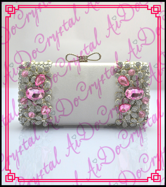Aidocrystal super quality handmade big pink crystals white clasp ladies s handbag for wedding party