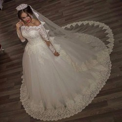 2017 luxury vintage long sleeves off shoulder wedding dresses princess lace alliques bridal bride gowns robe.jpg 250x250