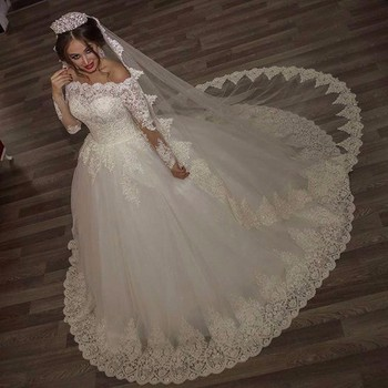 2017 luxury vintage long sleeves off shoulder wedding dresses princess lace alliques bridal bride gowns robe.jpg 350x350