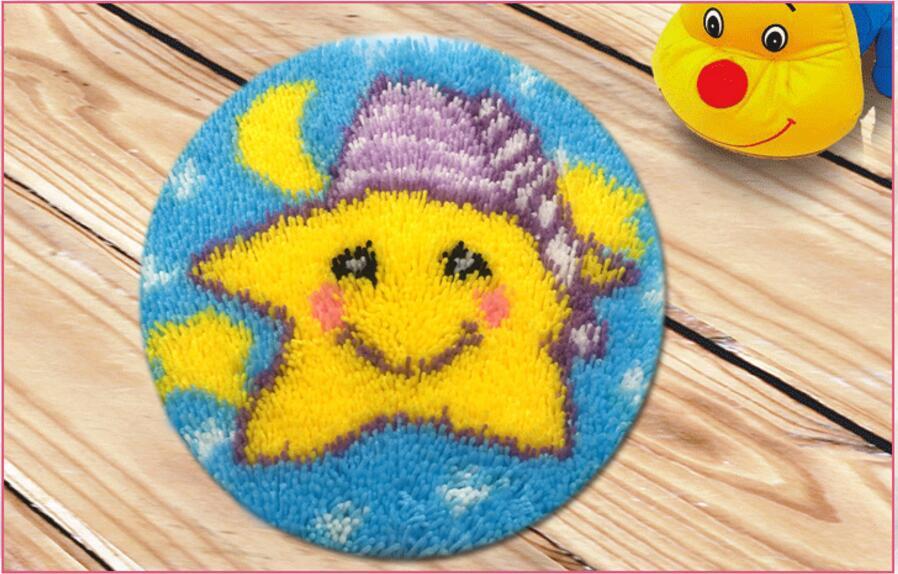 DIY Carpet embroidered snap hook cushion / heels / wool / crochet hook embroidery cross stitch / pillow flowers cartoon animal
