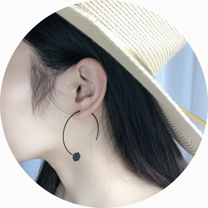Retro punk simple geometry black semicircle half round hexagon earring for man woman 2018 gothic jewelry accessories wholesale