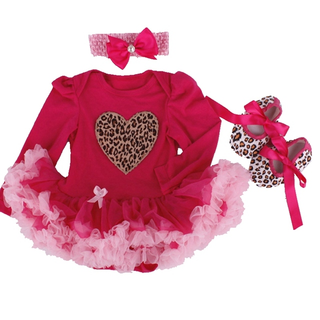 28d67bf8f7b3 Baby Girls Infant Love Applique Tutu Set Baby Lace Romper Dress Crib ...