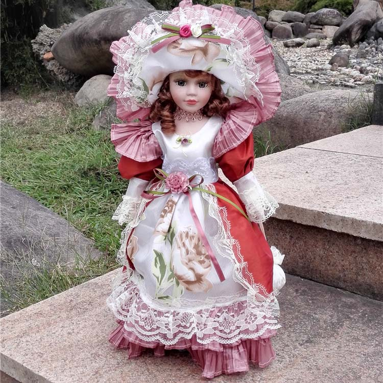 2018 Hot Sell European Style Victoria Style Russia Ceramic Classical Doll Noble Porcelain Doll High Quality Toy Gift For Girl