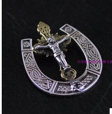 925 Sterling Silver new genuine new silver horseshoe pendant copper mash cross of Jesus mash куртка