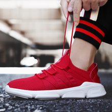 2019 New Lightweight Shoes Men Casual Shoes Men Flats Outdoor Sneakers Mesh Breathable Walking Footwear Trainers Big size 39-48 mycolen new fashion men s gym shoes outdoor casual flats designer lightweight trainers breathable shoes men calzado hombre