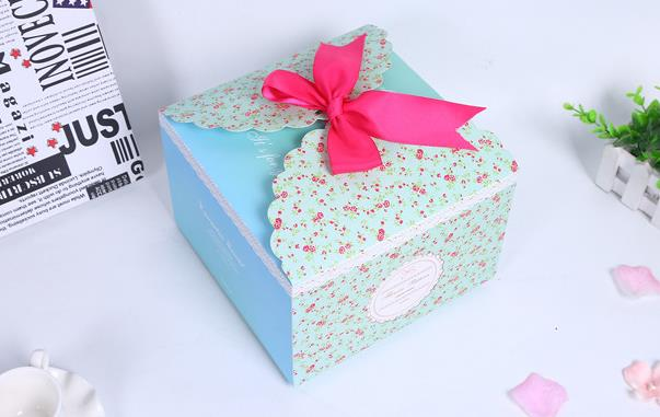 Flower pattern square large gift box wedding favor candy boxes+