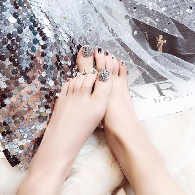 24 Pcs Summer Beauty Chic Toe Nails Metallic Silver For Foot Nail  2