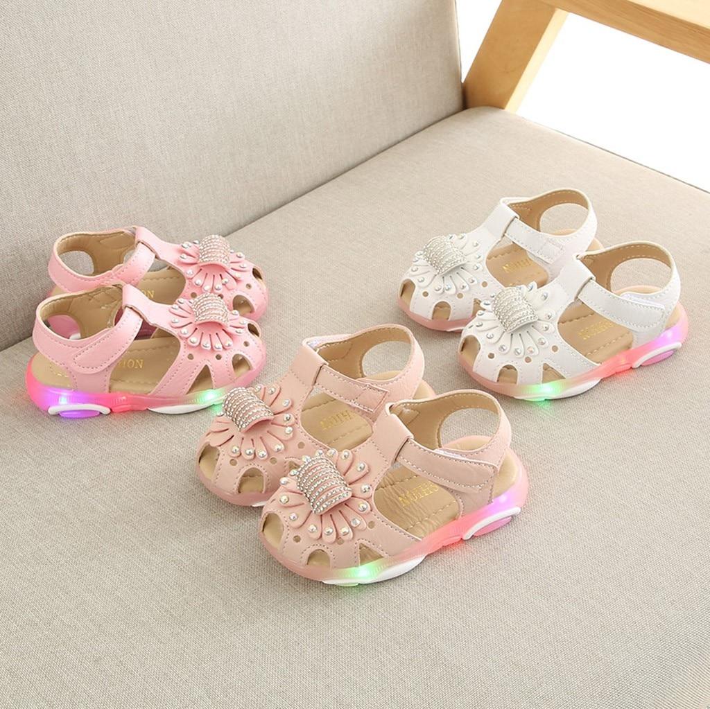 Children Baby Sandals Girls Crystal Flower Girls Sandals Led Light Luminous Sport Sandals Sneaker Shoes Baby Girl Shoes Sandały