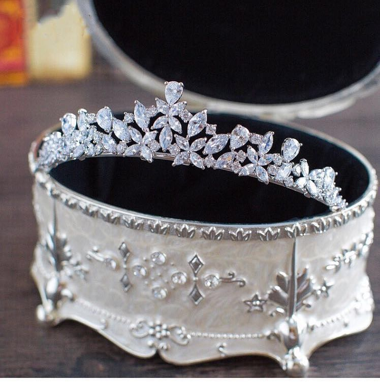 best zircon cubic zirconia crown brands and get free shipping - ddchn03f