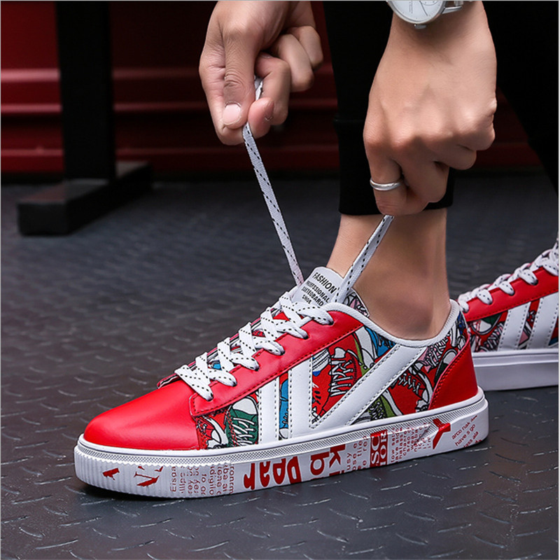 2019 New Graffiti Running Shoes Gym Outdoor Sports Shoes Light Comfortable High Quality Thick Bottom Wear Men Sneakers