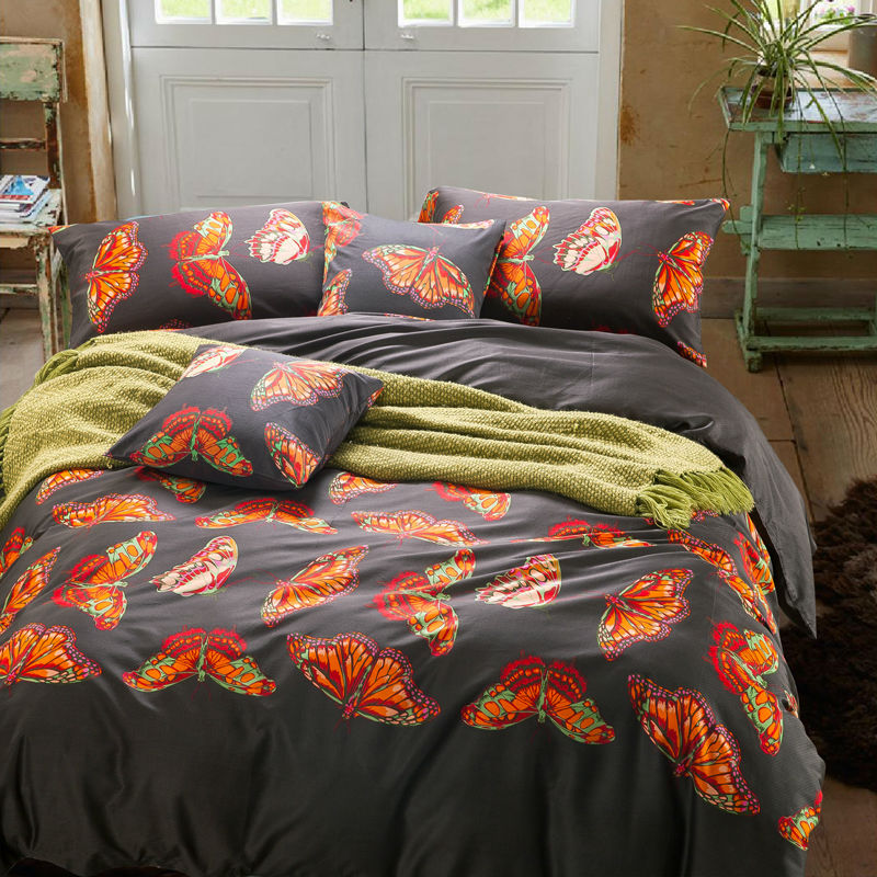 golden butterflies pattern bedding sets sets dark gray linens egyptian cotton queen. Black Bedroom Furniture Sets. Home Design Ideas