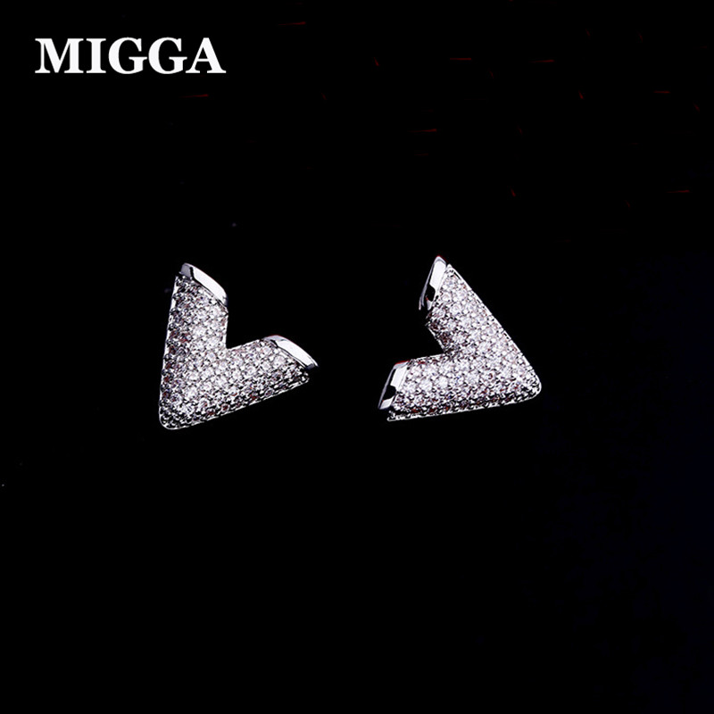 MIGGA Luxury Cubic Zirconia Letter V Shaped Stud Earrings for Women Girls High Quality Crystals Brincos