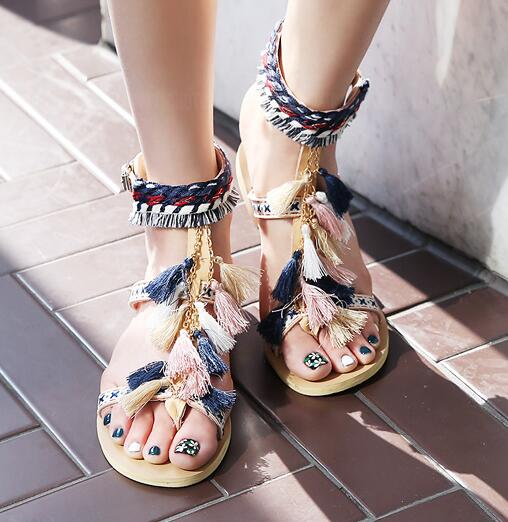ФОТО Woman fashion shoes 2017 colorful strings embroidery thong sandal fringed flat sandal summer ankle strap gladiator sandal