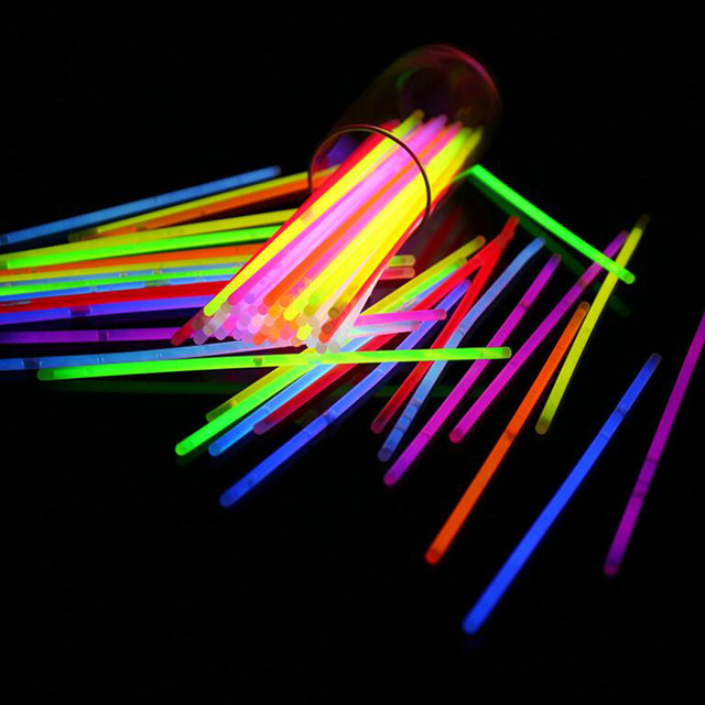 100pcs Neon Party Glowstick Glow In The Dark Toy Fluorescence Sticks Bracelets Necklaces Supplies Luminous