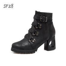 SFZB Marca pu Ankle Boots de Couro Mulheres Elástico Zíper Lateral Sapatos  de Salto Alto Mulher dedo do pé redondo Bota Cor ccc5978dc4fce