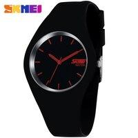 2015 Men Watch Fashion Casual Watches Quartz Watch Waterproof Jelly Female Clock Hours Ladies Women Wristwatches