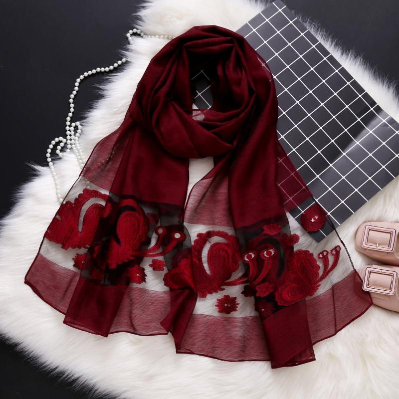 2018 new designer brand women   scarf   fashion hollow Embroidery lady shawls and   wraps   spring and summer sunscreen beach stoles