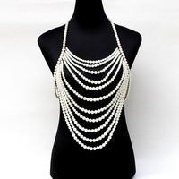 Uprząż naszyjnik przesadzone wielowarstwowy perła łańcuch pomponem koralikami halter kobiety sexy wedding bridal biżuteria ciała