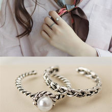 2 pieces of retro vintage silver knitted twist inlaid pearl opening ring 8RD152(China)