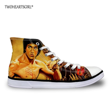 TWOHEARTSGIRL Bruce Lee de Los Hombres Lienzo Zapatos Li siu Loong Impreso altos Zapatos de Lona Superiores Frío Hombre Vulcanizado Zapatos Para Caminar EVA zapatos