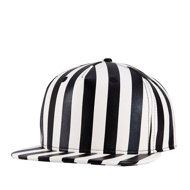 2018 el nuevo cuero gorra de béisbol ajustable gorras planas hip hop  teclado color sombreros para 5a960e7131d