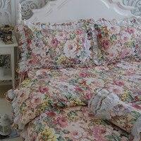 Бесплатная доставка Европейский цветочный кружево постельные принадлежности оборками Вышитые кровать юбка набор пододеяльников для пухо