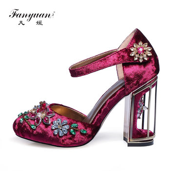 Fanyuan 2018 Retro Floral Pleuche Shoes Women Pumps Luxurious Cutouts Bird Cage High Heel Crystal Female Vintage Pumps Big Size