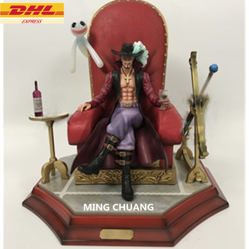 Statue ONE PIECE Seven Warlords Of The Sea Sitting Dracule Mihawk Bust GK 29CM Action Figure Collectible Model Toy BOX D646 11 statueone piece seven warlords of the sea sitting jinbe bust gk action figure collectible model toy box d621