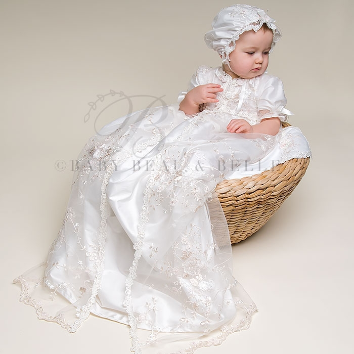 2016 Lace Appliques Baby Boys Girls Infant Outfit  Heriloom Dress Dedication Baptism Gown Long christening gowns With Bonnet