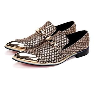 mens fashion embossed lehater casual shoes men pointed toe slip on luxury buckle design loafer shoes man party dress shoes