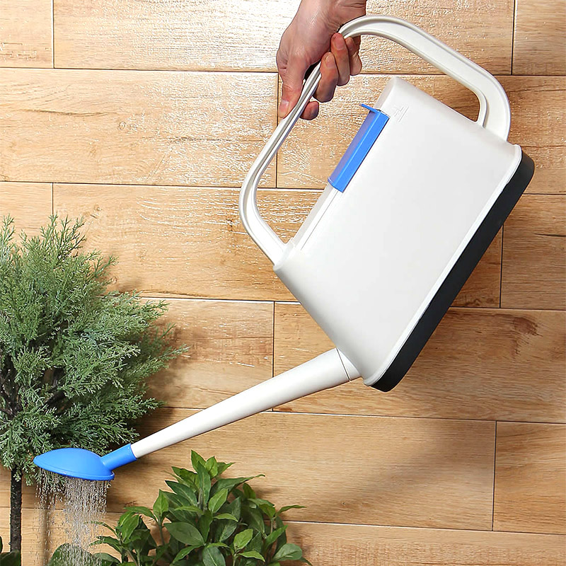 4L Garden Plastic Watering Can Household Flower Pots Home Patio Lawn Gardening Tool Plant Outdoor Irrigation Watering Sprayer