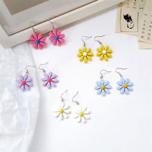 Personality contracted sweet summer flower shape candy girl ACTS the role of ear hook Korea street snap students earrings