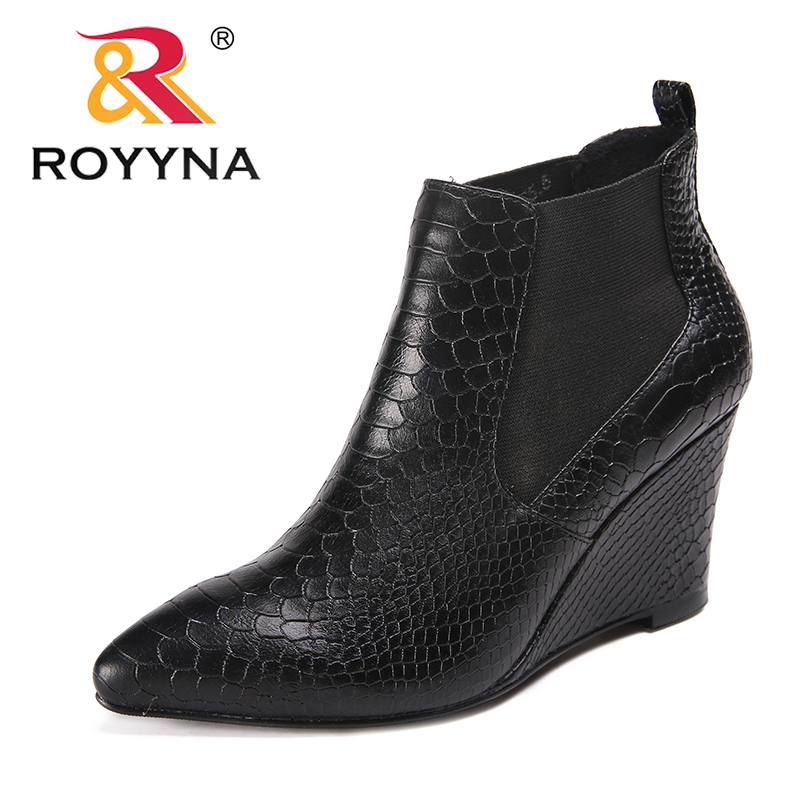 ROYYNA New Arrival Classics Style Women Boots Wedges Women Winter Shoes Pointed Toe Lady Ankle Boots comfortable Free Shipping new arrival black leather and suede ankle boots women pointed toe short boots wedges boots metal buckles decorated free shipping