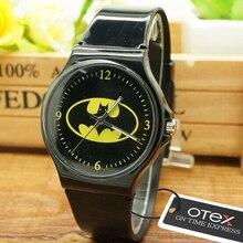 ot02 New  Cartoon Batman Quartz Watch Boys Girls Children Non-toxic Analog Sports Waterproof Wristwatch Gift Watch Free Shipping
