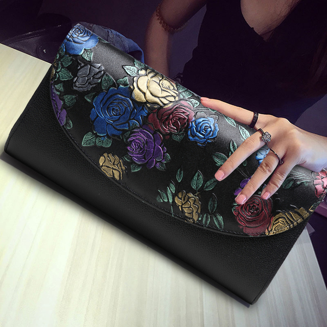 2017 New Summer Genuine Leather Luxury Women Bag Fashion Vintage Rose Flower Handbag Party Day Clutches Clutch Chain Banquet Bag