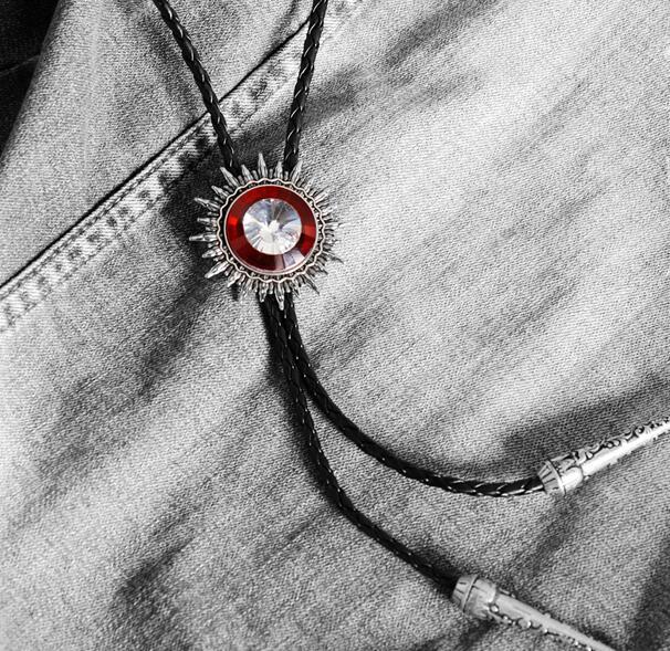 Collar Rope Tie Men's Wedding Bolo Tie Crystal Fashion Personality Western Cowboy Style Bolo Tie Necklace Clothing Accessories